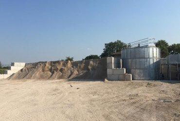 Terrapieno per trattamento e riciclaggio delle acque